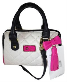 Get the trendiest Cross Body Bag of the season! The Betsey Johnson Luv Mini Quilted Diamonds Bone Faux Leather Cross Body Bag is a top 10 member favorite on Tradesy. Besty Johnson Purses, Betsey Johnson Bags, Fashion Handbags, Fashion Bags, Women's Fashion, Cute Purses, Purses And Bags, Hello Kitty Handbags, Rolex Blue