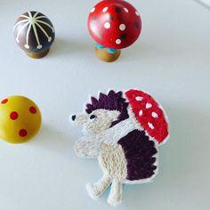 minneに出品しました刺繍のブローチ ハリネズミときのこ http://ift.tt/2cVECGw #ハリネズミ#hedgehog #mushroom #embroidery #ハンドメイド #handmade #minne #刺繍 #刺繍ブローチ#pandafactory