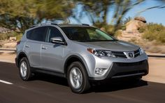 2013 Toyota RAV4 XLE First Test - Motor Trend