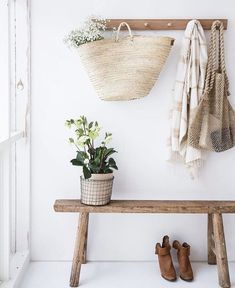 home & interior inspiration ➳ daughter of the star breather. Decoration Hall, Decoration Entree, Entryway Decor, Door Entryway, Wall Decor, Entryway Ideas, Blue Furniture, Furniture Decor, Furniture Movers