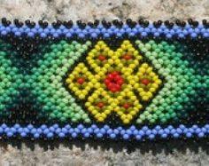 Peyote Beadweaving semilla colorida pulsera por MiCasitaDeChaquira