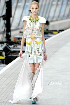 9909640906 Print Paradise  Mary Katrantzou Spring 2011 amazing  fashion  print  Dollhouse Dresses