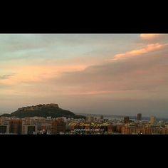 GENTE DE ALICANTE: Amaneceres  http://ift.tt/VbrjZn Despertar y pode...