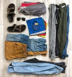 The Bucket List Family Finds A Permanent Home In Hawaii After 3 Years Of Nomadic Travel With Kids Travel Boots, Bucket List Family, Hawaii Life, Family Outfits, One Bag, Minimalist Fashion, Minimalist Style, Travel With Kids, Bomber Jacket