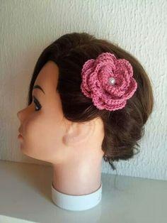 Crochet wedding hairpin