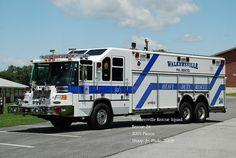 Walkersville MD Rescue Squad ~ 2001 Pierce Heavy Rescue Squad.