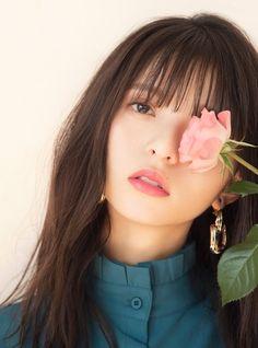 Beautiful Girl like Fashition Beautiful Japanese Girl, Japanese Beauty, Beautiful Asian Girls, Girl Photography Poses, Fashion Photography, Saito Asuka, Cute Cafe, Cute Girl Dresses, Platinum Blonde Hair