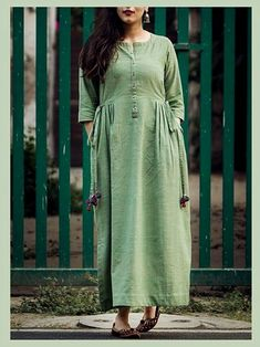 Linen-Khadi Kurti with buttons,pleats and dori-latkan detailing Silk Kurti Designs, Kurti Designs Party Wear, Blouse Designs, Frock Fashion, Fashion Outfits, Khadi Kurti, Cotton Dress Indian, New Designer Dresses, Kurta Style