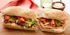 Grilled Shiitake and Tofu Banh Mi Recipes Veg Recipes, Vegetarian Recipes, Vegetarian Burgers, Vegetarian Dish, Vegan Meals, Banh Mi Recipe, Food Network Canada, Veggie Delight, Hoisin Sauce