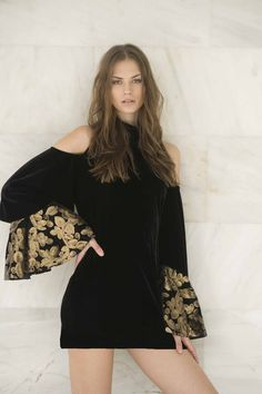 Dyemonde is a Greek women clothing brand since A Dyemonde woman is cosmopolitan,confident and she has a hippie attitude. Bell Sleeve Top, Sweatshirts, Fabric, Greek, Cotton, Jackets, Collection, Shopping, Tops