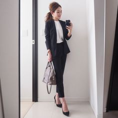 Business Outfits, Business Attire, Office Outfits, Business Fashion, Office Fashion, Work Fashion, Daily Fashion, Japan Fashion, Suit Fashion