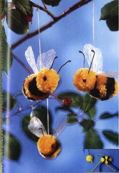 enfeite abelha pompom