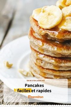 Pancakes faciles et rapides Easy and quick pancakes for breakfast or brunch Easy Smoothie Recipes, Snack Recipes, Brunch Bar, Pancakes Easy, Banana Pancakes, Savoury Cake, Cream Recipes, Clean Eating Snacks, The Best