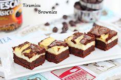 Tiramisu Brownies @RoxanaGreenGirl | A little bit of everything by RoxanaGreenGirl {A little bit of everything}, via Flickr