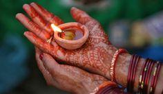 PUJA EN EL TEMPLO DEL TORO (BANGALORE, INDIA) http://blgs.co/Sujg4y