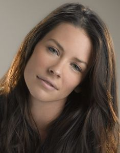 Evangeline Lilly - christophoras - Pctr UP Beautiful Celebrities, Beautiful Actresses, Nicole Evangeline Lilly, Hollywood, Kate Beckinsale, Woman Face, Pretty Face, Pretty Woman, Beauty Women