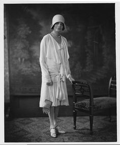 DeArtibus: Gorgeous African American ladies, 1890-1940: fashions, flappers, + high flyers [free downloads]