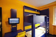 Beispiel: Doppelzimmer mit Gemeinschaftsbad im Bed'nBudget Hostel Hannover  Hildesheimer Straße 380  30519 Hannover  Tel.: 0511 / 12 611 504  Fax: 0511 / 12 611 511  E-Mail: reservation@bednbudget.de  www.bednbudget.de