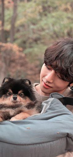 Foto Bts, Bts Photo, Taekook, Bts Dogs, V Video, Taehyung Photoshoot, V Bts Wallpaper, Bts Beautiful, Bts Aesthetic Pictures