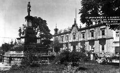 Antiguo monumento a Ocampo