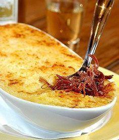 "Brazilian Recipe: Biltong ""hidden"" with yucca! I Love Food, Good Food, Yummy Food, Brazilian Dishes, Brazilian Recipes, Snack Recipes, Cooking Recipes, Salty Foods, Portuguese Recipes"