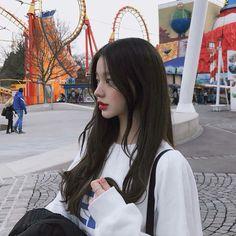 -ˏˋ 💋 ˊˎ- ➷ulzzang ღ girls➶ Pretty Korean Girls, Cute Korean Girl, Girl Korea, Asia Girl, Korean Beauty, Asian Beauty, Korean Girl Fashion, 90s Fashion, Ulzzang Korean Girl