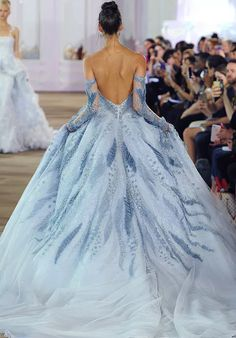 Ines Di Santo Fall 2017 Bridal Collection - Belle The Magazine Ball Gowns Evening, Blue Ball Gowns, Ball Gowns Prom, Ball Gown Dresses, Elegant Ball Gowns, Blue Gown, Prom Gowns With Sleeves, Blue Evening Dresses, Ball Gowns Fantasy