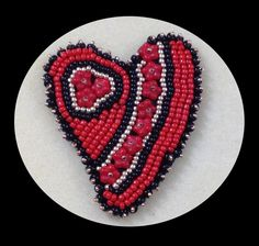 Bead Embroidered Heart Pin with Geneviève Crabe #craftartedu
