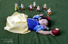 this ladys blog as SO many cute photo ideas for babys/toddlers and tells you what props to use.