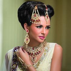 Индийские красавицы-невесты и их сказочные украшения. Обсуждение на LiveInternet - Российский Сервис Онлайн-Дневников