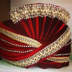 #tamilculture #tamilbride #tamilgroom #frenchtamils #germantamils #uktamils #canadiantamils #swisstamil #hinduwedding #tamil #saree #indianwear #tamilbeauty #tamilwedding #brideandgroom #tamilbrideandgroom #indianwedding #wedding #tamilweddingideas #kalyanam #tamilkalyanam