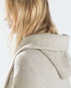 Image 5 of TWO-TONE WRAP JACKET WITH POCKETS AND HOOD from Zara