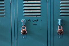 Image uploaded by axmyy. Find images and videos about vintage, grunge and blue on We Heart It - the app to get lost in what you love. Life Is Strange, Rachel Amber, We Heart It, Zack E Cody, Chloe Price, Freaks And Geeks, Be More Chill, The Breakfast Club, Blue Aesthetic