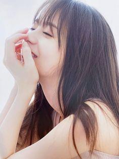齋藤飛鳥 Japanese Girlfriend, Saito Asuka, Girl Photography Poses, Beautiful Asian Girls, Hypebeast, Hot Girls, Pin Up, Lady, Model