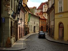 I want to roam the streets of Prague one day