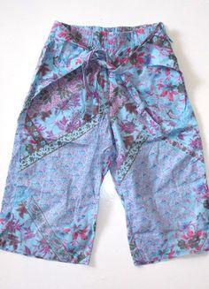 À vendre sur #vintedfrance ! http://www.vinted.fr/mode-enfants/shorts-et-pantalons/23807860-pantacourt-leger-original-imprime-5-ans