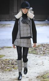 Moncler Gamme Rouge FALL/WINTER 2015-2016 Fashion Show 3