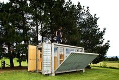 shipping container retreate port-a-bach by atelierworkshop