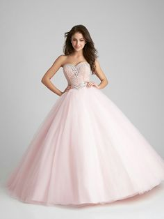 This strapless Quinceanera ballgown will be the highlight of your event with its strapless sweetheart beaded bodice and lace up back. Dressy Dresses, 15 Dresses, Cute Dresses, Girls Dresses, Pretty Quinceanera Dresses, One Step, Look Girl, Quince Dresses, Allure Bridal