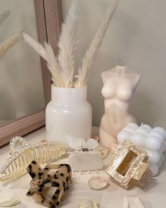 Room Ideas Bedroom, Bedroom Decor, Bedroom Inspo, Interior Inspiration, Room Inspiration, Minimalist Candles, Pastel Room, Luxury Candles, Room Goals