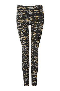 Lovely Easy Leggings in mimic print gold.