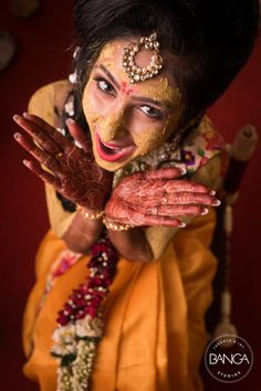 Bridal Wear - The Bride Komal! Mehendi Photography, Indian Wedding Couple Photography, Wedding Couple Photos, Bride Photography, Pre Wedding Poses, Wedding Advice, Must Have Wedding Pictures, Indian Bridal Photos, Wedding Stills