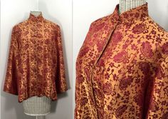 Silk Brocade Jacket in Asian Style by TimeTravelMercantile Style Vintage, Unique Vintage, Vintage Chinese Lanterns, Brocade Fabric, Tans, Red Silk, Mandarin Collar, Asian Style, Hong Kong