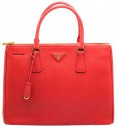 458fb3c1fe41 19 Best Prada Handbags images