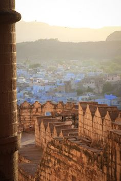 Jodhpur (continued from Part I) After driving into the walled city, past the clock tower—glimpsing our first views of the massive Mehrangarh fort—the three of us went into the large inner courtyard at Pal Haveli to settle the bill. Everything had gone so smoothly to this point. However, things took a turn after we reached …