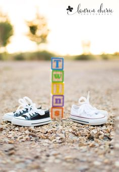 Maternity Photo Session | Maternity Pictures | Maternity photo | Maternity photo session with twins | Outdoor maternity photos | Maternity dress |  Pregnancy photo session | Pregnancy photos | Pregnancy photo props | Baby converse shoes | Albuquerque maternity photographer | Lauren Cherie Photography