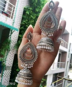 Earrings: starting from /- free COD Catalog Name:*Diva Glittering Earrings* Base Metal: Alloy Size: Free S. Indian Jewelry Earrings, Indian Jewelry Sets, Jewelry Design Earrings, Gold Earrings Designs, Silver Jewellery Indian, Ear Jewelry, Dainty Jewelry, Antique Jewellery Designs, Fancy Jewellery