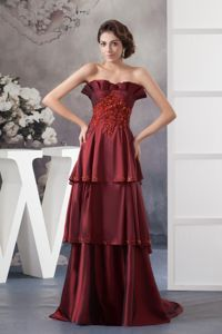 Appliqued Decorated Maxi Evening Dresses in Wine Red with Brush Train