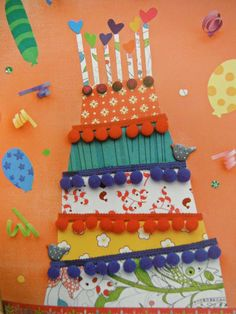 Gebruik een groot gekleurd vel en knutsel er een taart op van verschillende kleuren behang en linten naar keuze. Je kunt in een woonwinkel gratis vellen voorbeeldbehang halen die je kunt gebruiken. Projects For Kids, Diy For Kids, Crafts For Kids, Craft Kids, Diy And Crafts, Arts And Crafts, Paper Crafts, Art Carte, Art N Craft