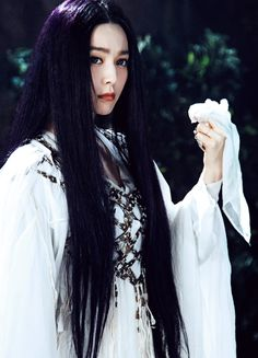 Fan Bingbing in 'The White Haired Witch of Lunar Kingdom' (2014).
